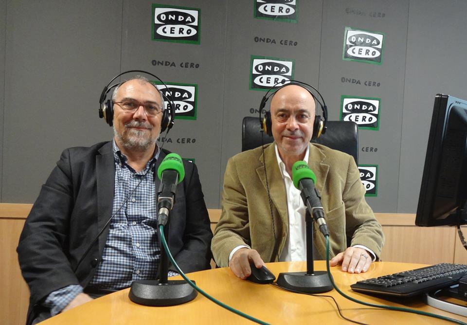 """Entrevista de Carles Aguilar, """"En Bones Mans"""" de Onda Cero, al Dr. Antonio Collado."""